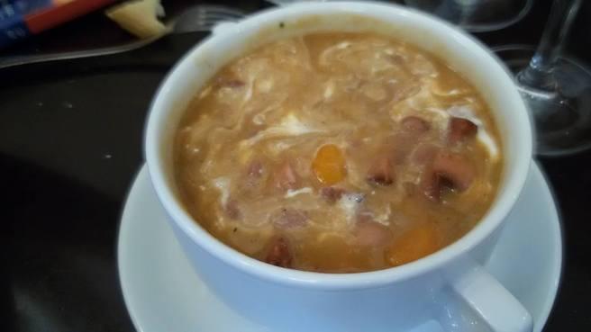 Zuppa di fagioli alla Jokai