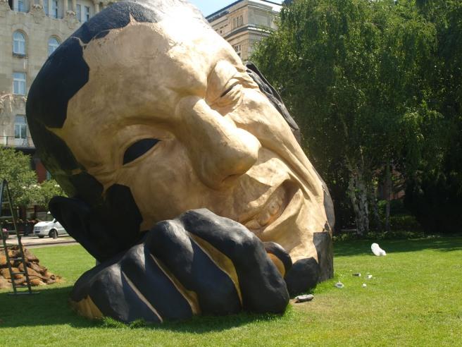 Installazioni di arte contemporanea