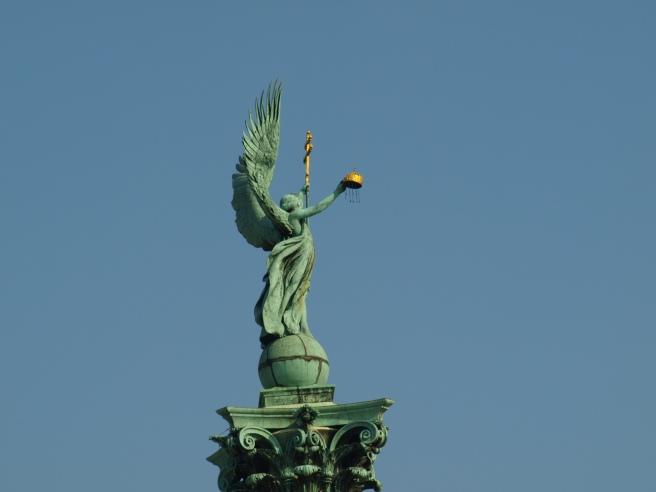 Particolare del Monumento a Piazza degli Eroi